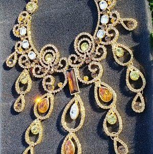 Swarovski crystal 18k goldp extravagant Necklace